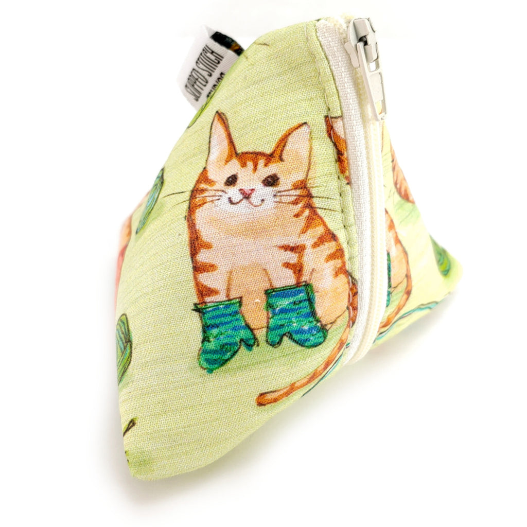 Knittin Kittens </br> Triangle Zipper Notion Pouch:Triangle Zipper Notion Pouch,Slipped Stitch Studios:Slipped Stitch Studios
