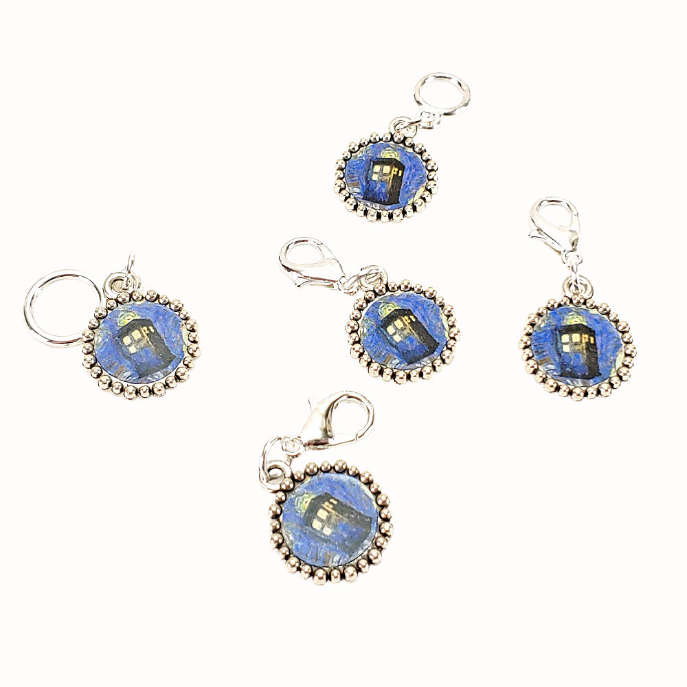TARDIS (on dark blue) </br> Stitch Marker (Single)