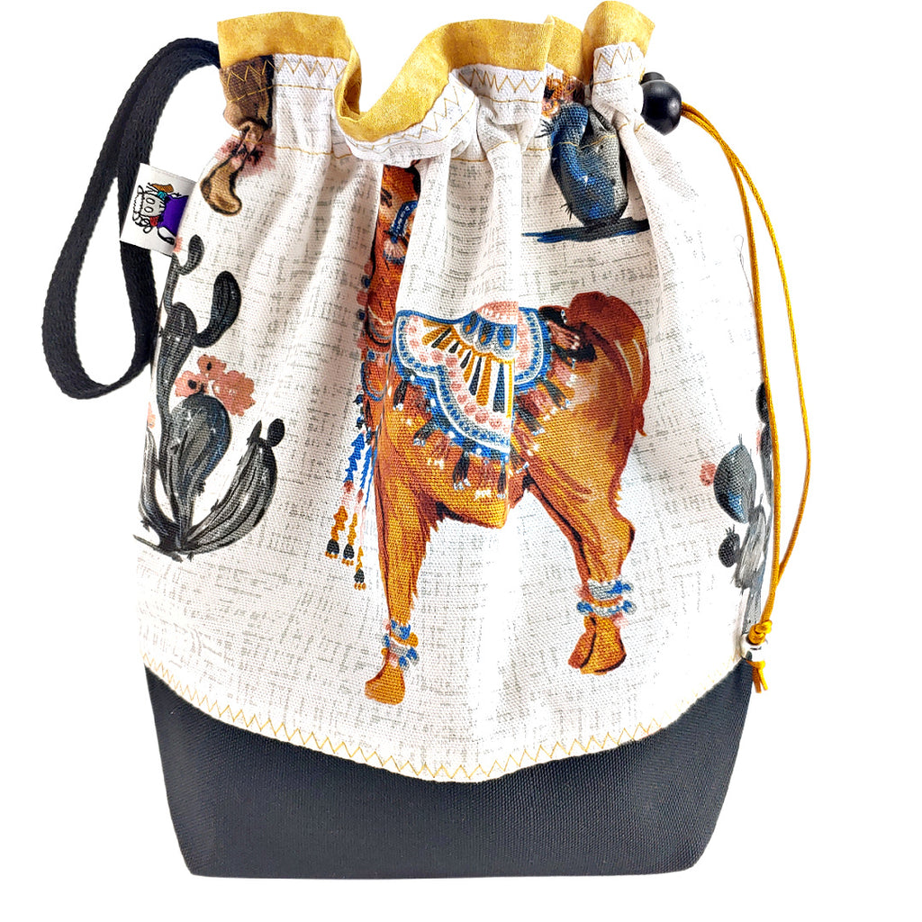 Desert Llama </br> Medium Project Bag
