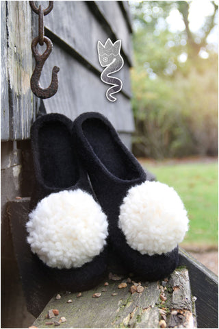 Black and White Pompoms