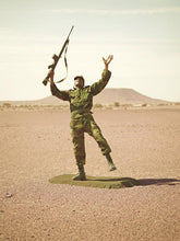 Load image into Gallery viewer, Toy Soldiers