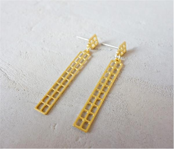 Shlomit Ofir Earrings Gold Manhattan Post Earrings in Gold