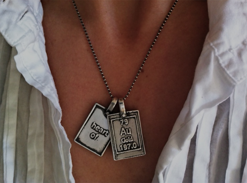 Heart of gold periodic table of elements necklaces moderntribe urtaz Image collections