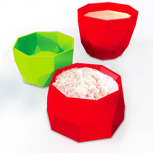 Decor Craft Kitchen Utensils Inside-Out Measuring Cups | Green or Red