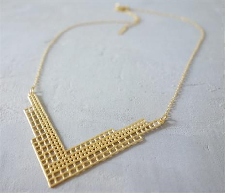 Shlomit Ofir Necklaces Gold Short Manhattan Necklace in Gold
