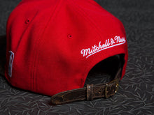 Chicago Bulls Antique Rose Strapback