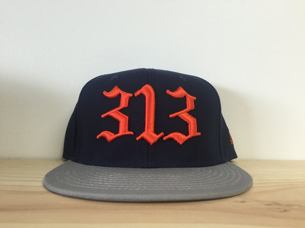 313 - Flat Bill Puff Print Snap Back Hat - Navy / Gray