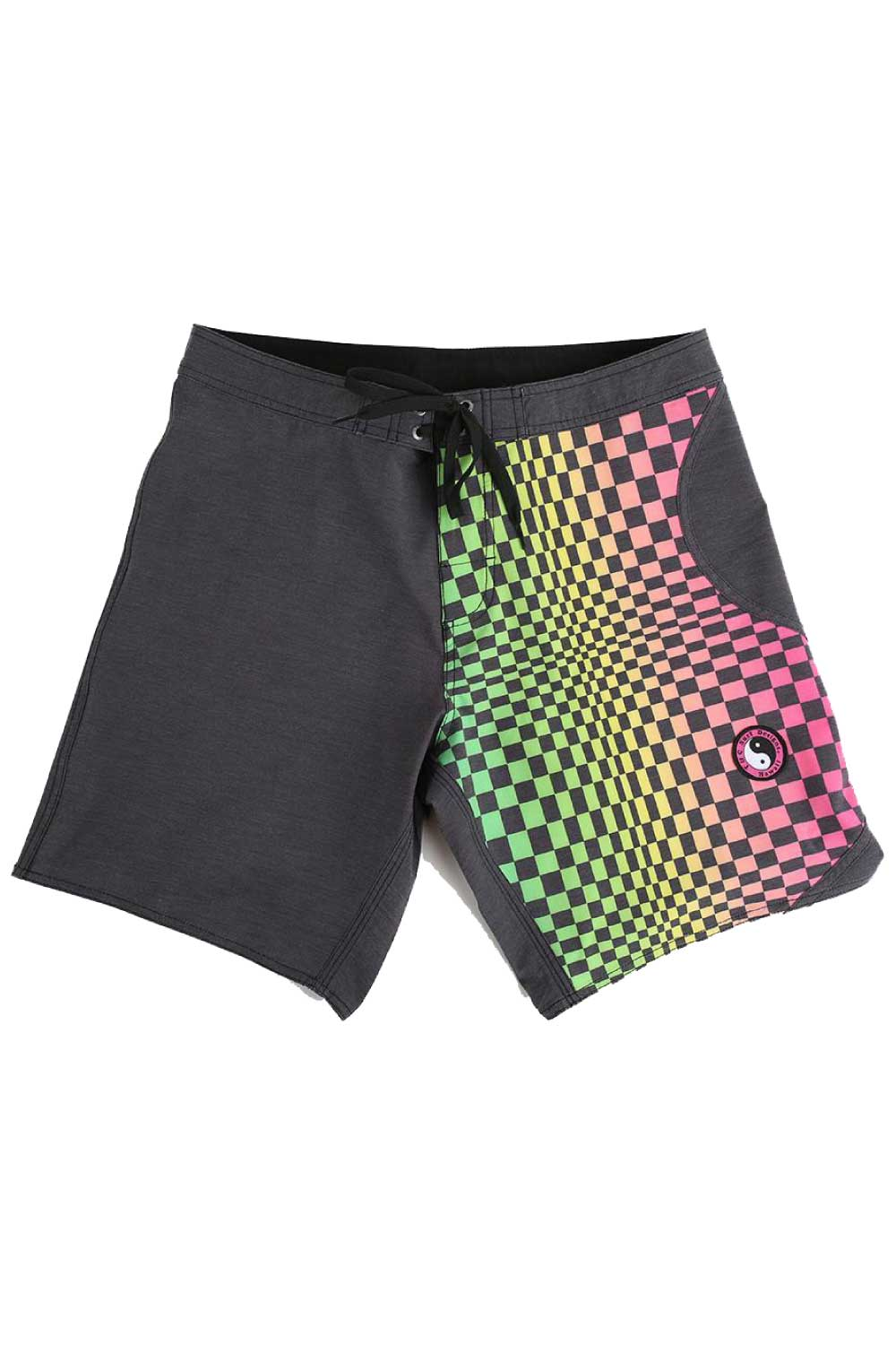 "Town & Country Ying Yang 17"" Men's Boardshorts Twisted Fade"