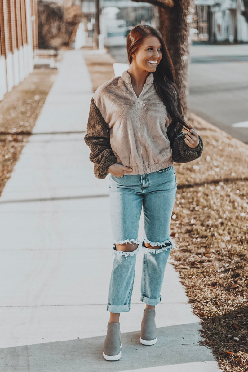 High Waist Boyfriend Jeans - Medium Stone