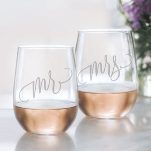 20oz Set of 2 Mr and Mrs Stemless Wine Glasses