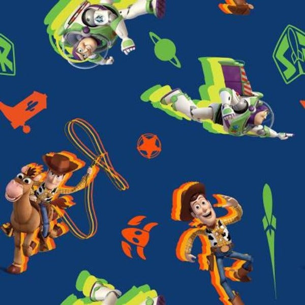 "(Remnant 18"") Toy Story 4, Buzz and Woody Toss Fabric to sew"