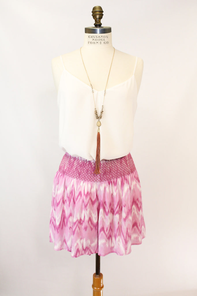 Willow Shorts in 553 Berry