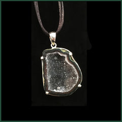 TABN120 Tabasco Geode Necklace
