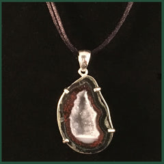 TABN137 Tabasco Geode Necklace
