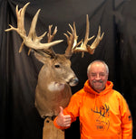 Larry with the mounted Deric Sieck buck
