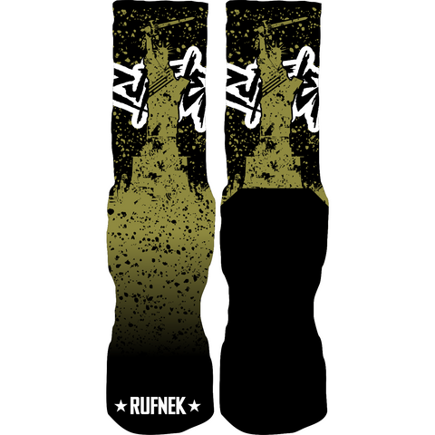 Rufnek Hardware Freedom Fighter Statue 9 Socks