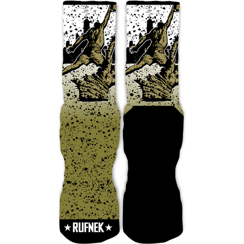 Rufnek Hardware Spirit of Flight Statue 9 Socks