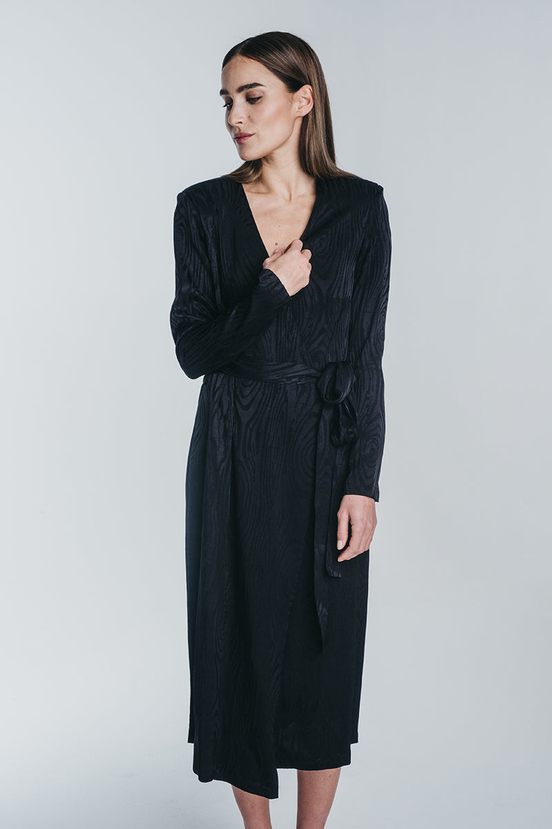 KAARNA midi wrap dress in black