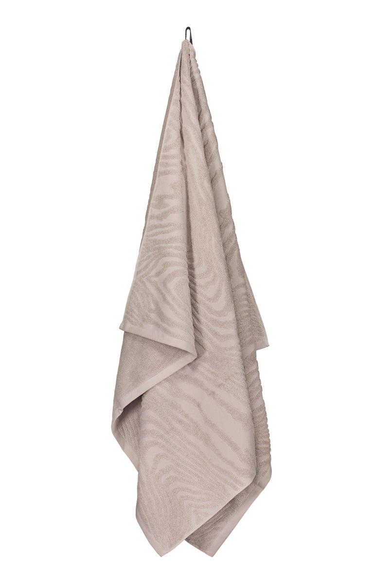 KAARNA towel in sand