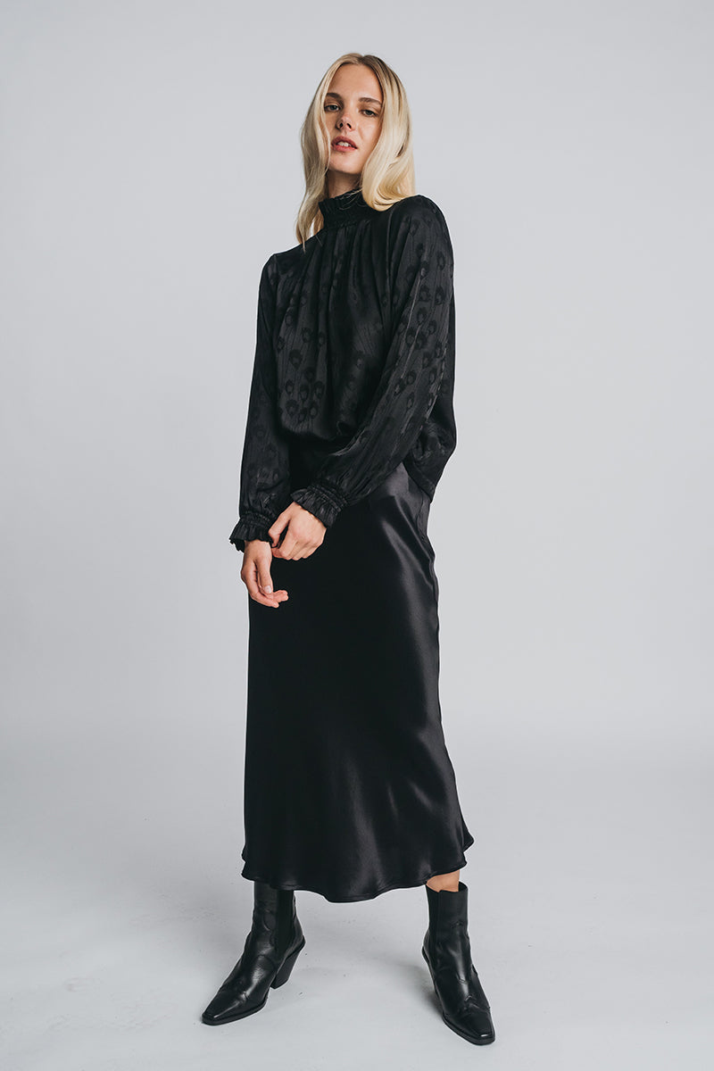 NEVA blouse in black
