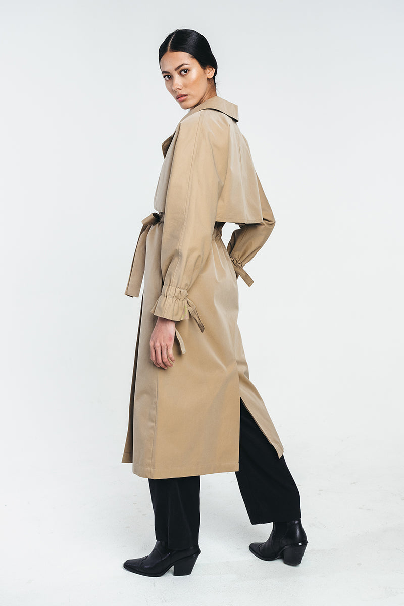 TUNDRA trench coat in camel