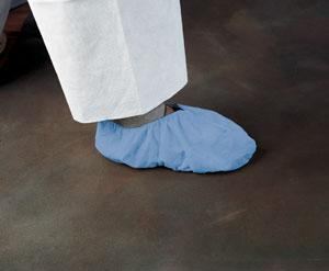 KLEENGUARD* A10 Light-Duty Shoe Covers