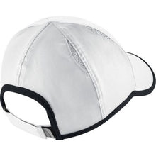 Load image into Gallery viewer, Nike  youth Aerobill Featherlight hat 739376