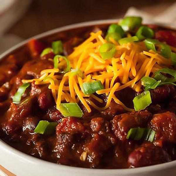 Easy Pick - Beef Chilli with White Rice and Peas