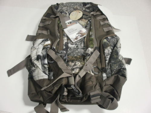 MOSSY OAK  PEGTOOTH DAY PACK BACKPACK ~ NEW IN PACKAGE MO-DP04-MC