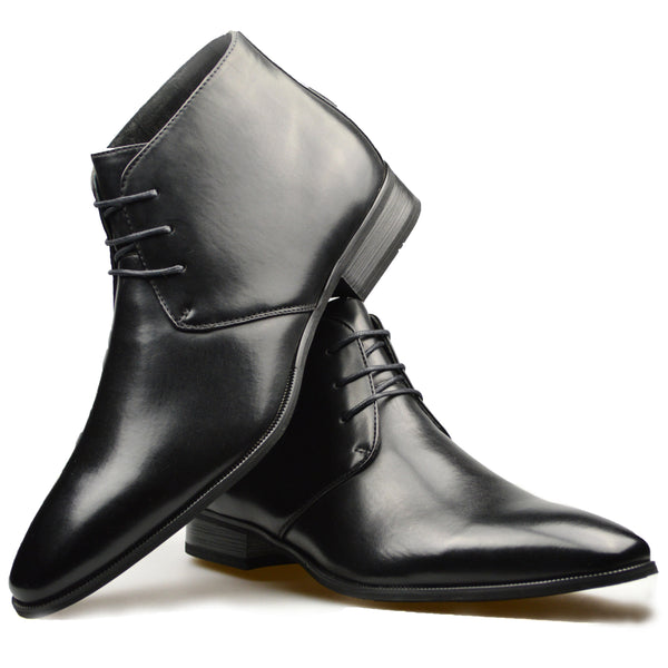 Lace-up Chukka Boot in Black