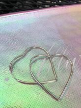 Load image into Gallery viewer, Heart Hoop Earrings