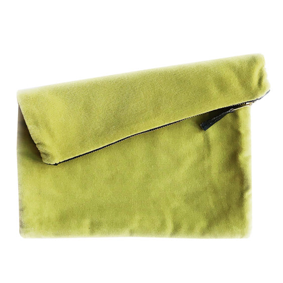 Velvet Clutch : Apple