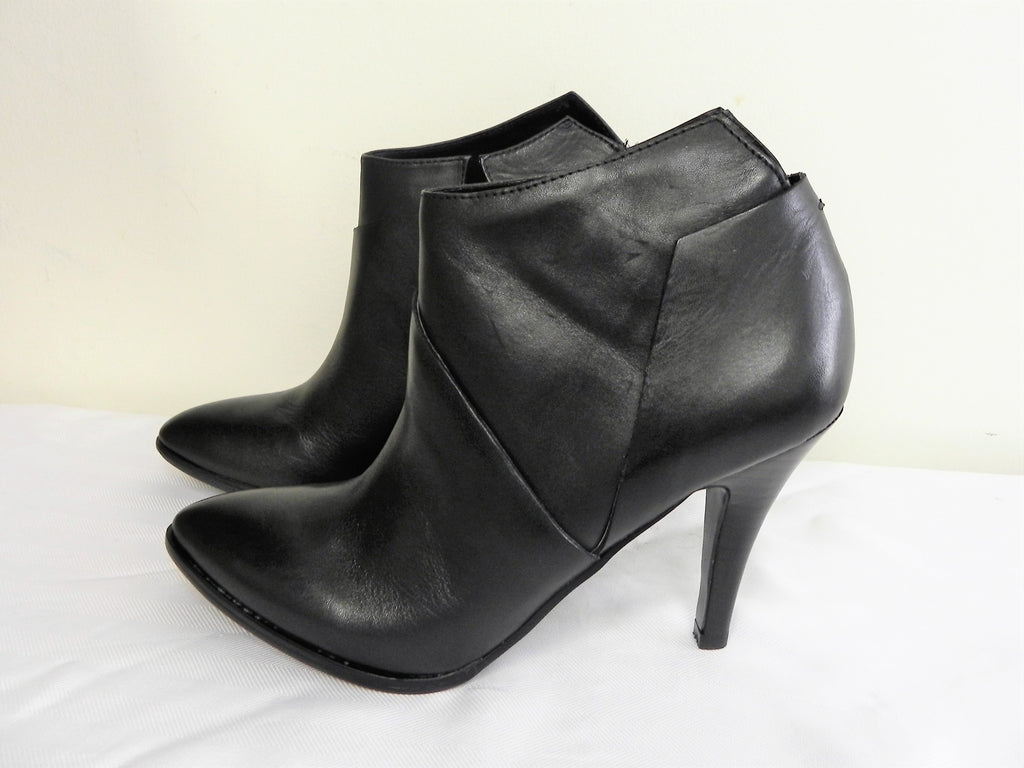 Carlos Equinox Black Women Bootie US Size 7 or 7 1/2