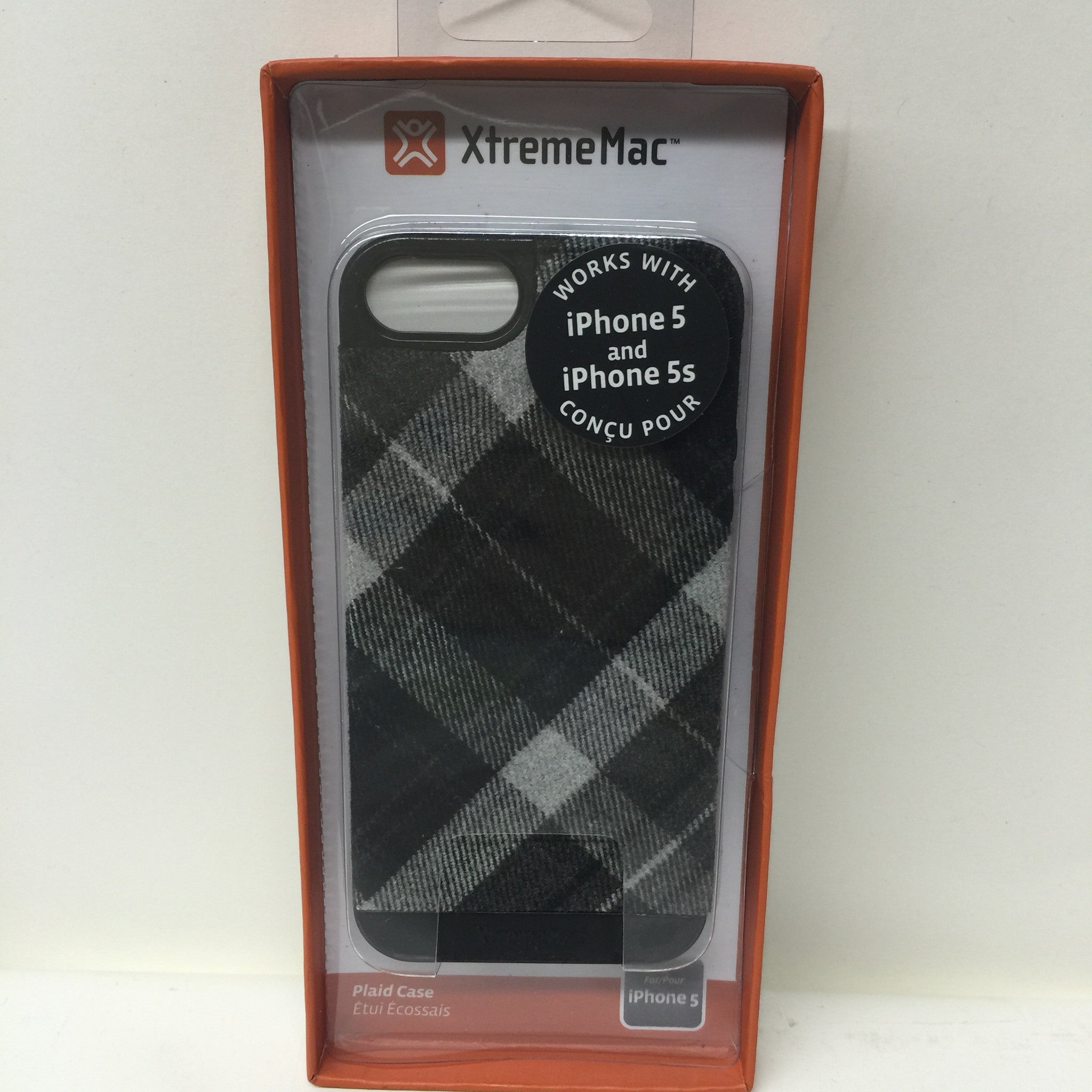 XtremeMac Black & White Plaid Case IPP-MSMW5 03 - LiquidationOutlet.ca