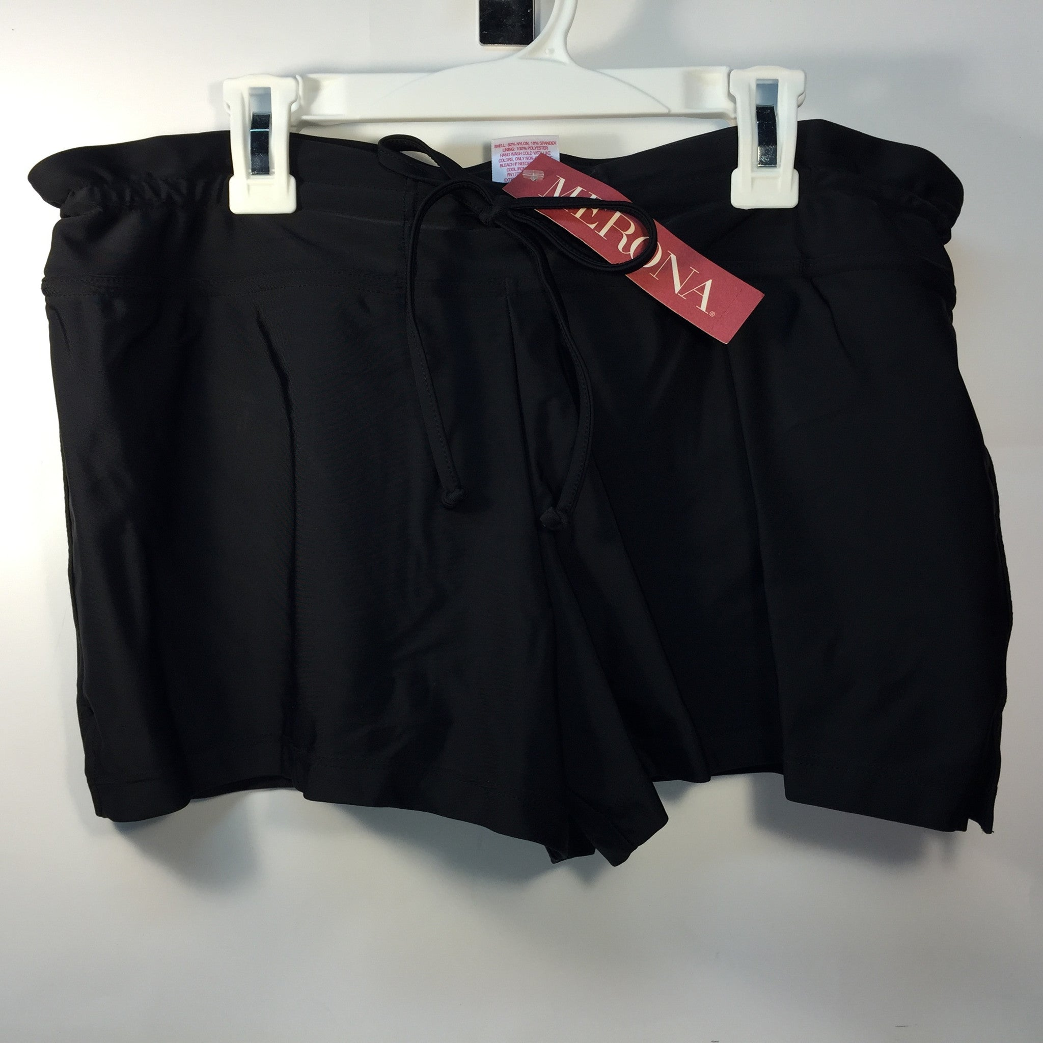 NEW, Merona Women's Swim BoardShort - Black - LiquidationOutlet.ca