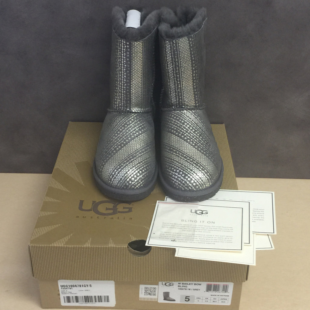 NEW, Authentic UGG Australia Women's Bailey Bow Bling Grey - Size 5