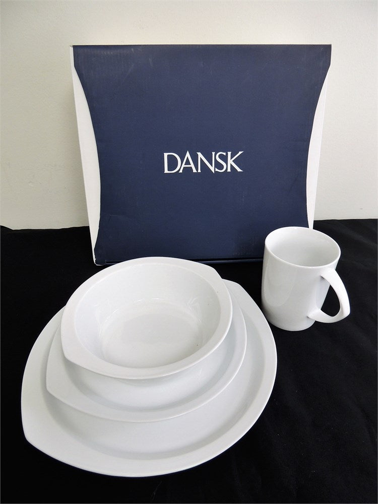 Dansk Kompas 4 Piece Place Setting 830741, White