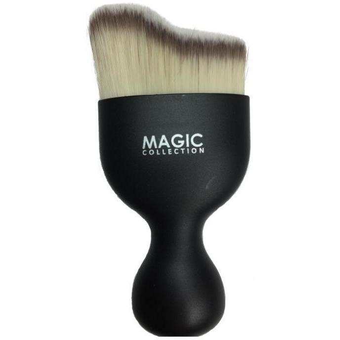 Magic Collection Wide Blending & Contouring Brush