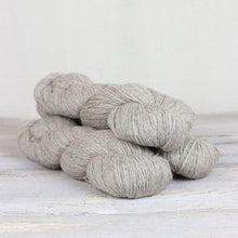 Load image into Gallery viewer, Cumbria Fingerling - Yarn Hoppers