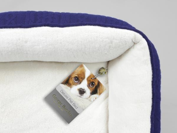 Aran Knit Dog Bed