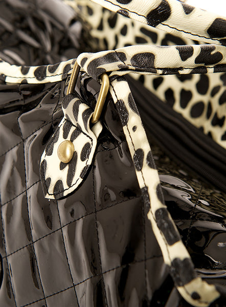Patent Black Dog Carrier - Detail