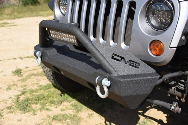 Jeep JK / JL / Gladiator Steel Stubby Front Bumper with Fog Lights DV8 Offroad - FS-15