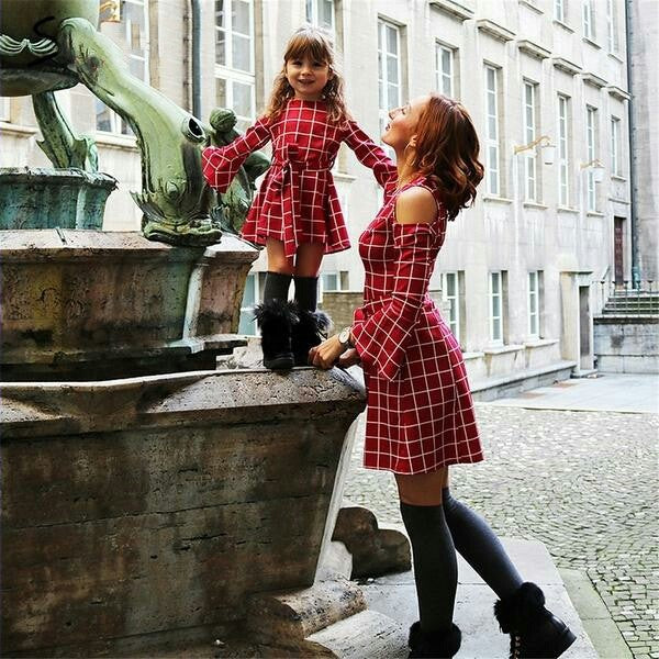 Mother daughter plaid dresses family matching clothes Long sleeve short dresses