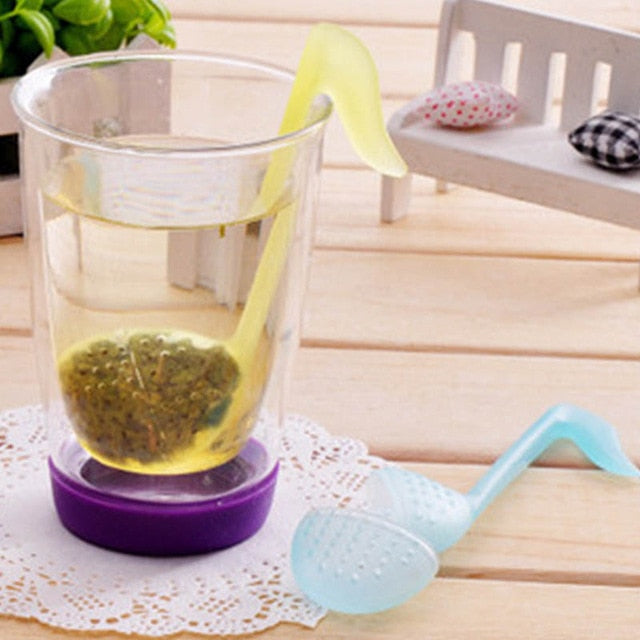 1 PCS Kitchen Supplies Tea Strainer Non-toxic Strawberry Shape Silicone