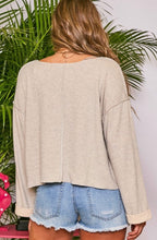 Load image into Gallery viewer, Oversized Sleeve Long Sleeve Top