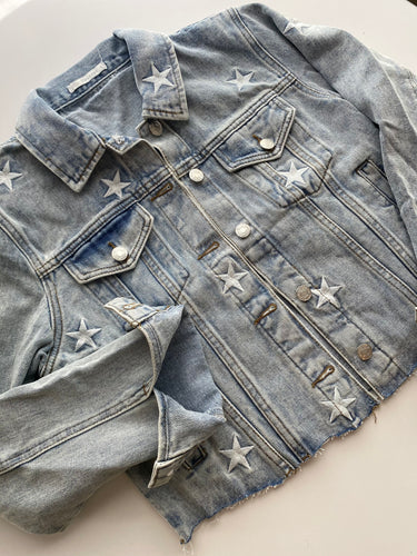 Raw Hem Star Embroidered Cropped Denim Jacket
