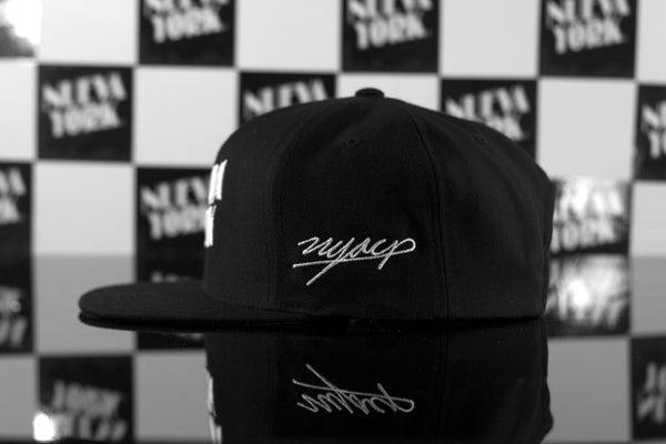 Signature Series  BLK X WHT