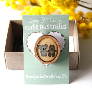 Cute Australia Friends Brooch