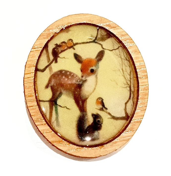 Sonia Brit Resin brooch - Sweet Deer