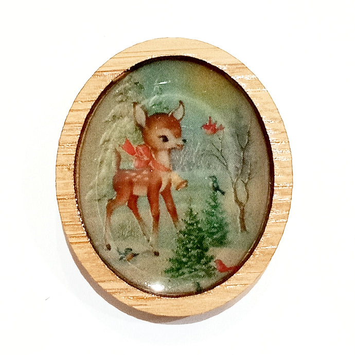 Sonia Brit Resin brooch - Winter Deer